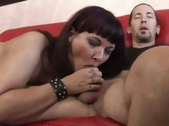 Luscious Carrie Ann wraps her lips around a massive dick