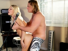 Sweet pornstar Vanessa Cage's real talent is to sing on this guy's microphone