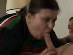 Old BBW Gives Oral job
